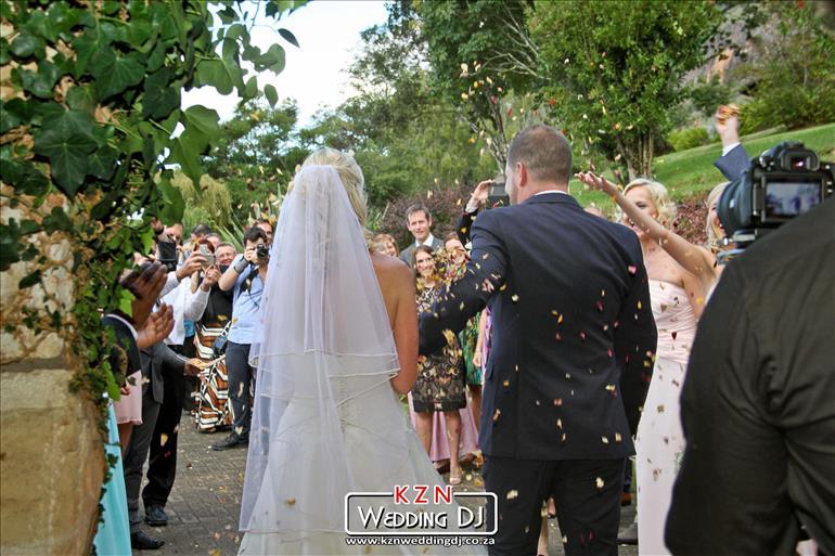 7-dj-jarryd-sunkel-kzn-wedding-dj-durban-south-africa-cathedral-peak-dj-midlands (14)