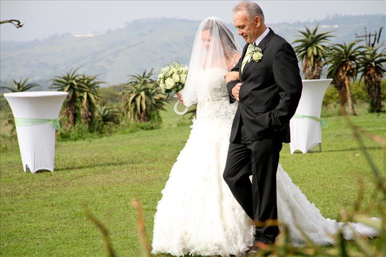 durban-wedding-dj-tala-game-reserve-weddings-in-kzn-dj-jarryd-sunkel (15)