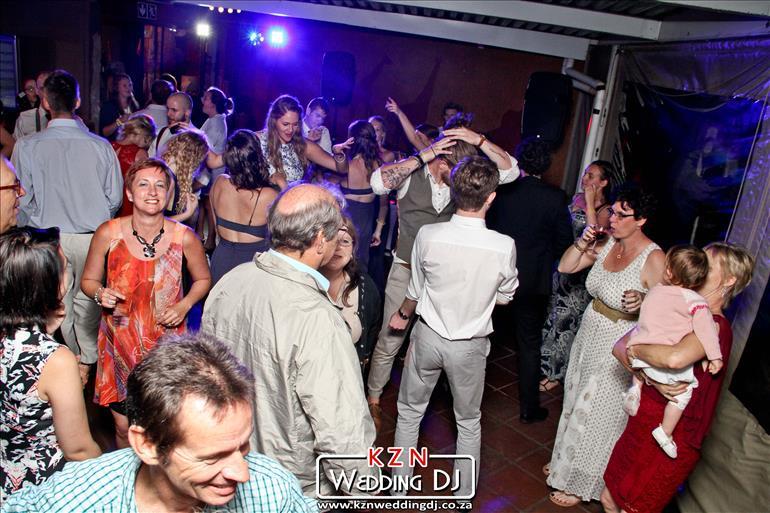 south-african-wedding-dj-in-durban-kzn-jarryd-sunkel-mc-and-events-dj (16)