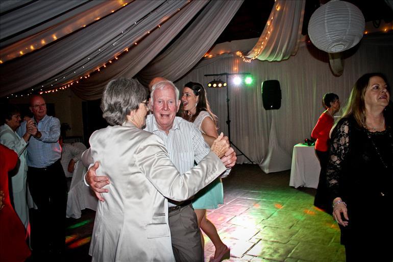 wedding-dj--in-durban-kzn-dj-jarryd-sunkel-professional-events-mc (24)